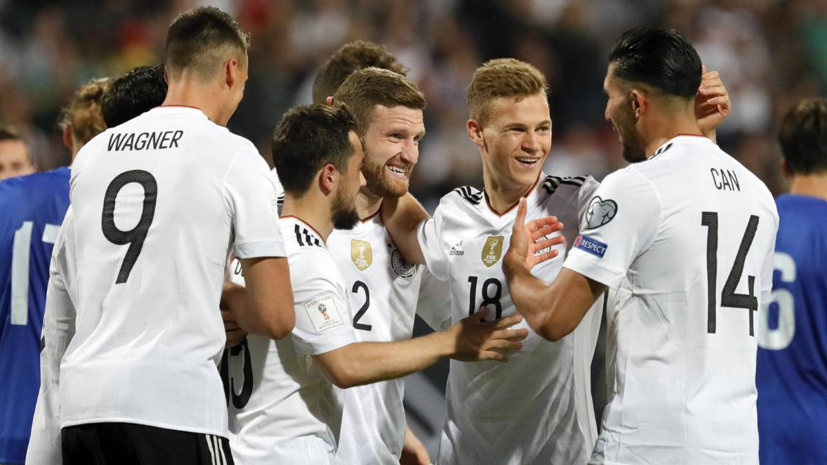 Polonia consolidó su dominio en las Clasificatorias europeas tras vencer a Rumania