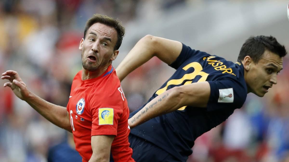 Bravo recibe alta, podría jugar por Chile en Confederaciones