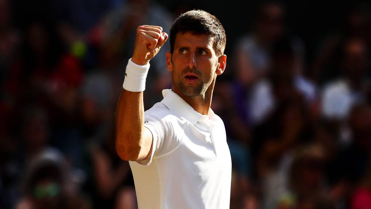 Federer avanzó a semifinales y Djokovic se retiró por lesión