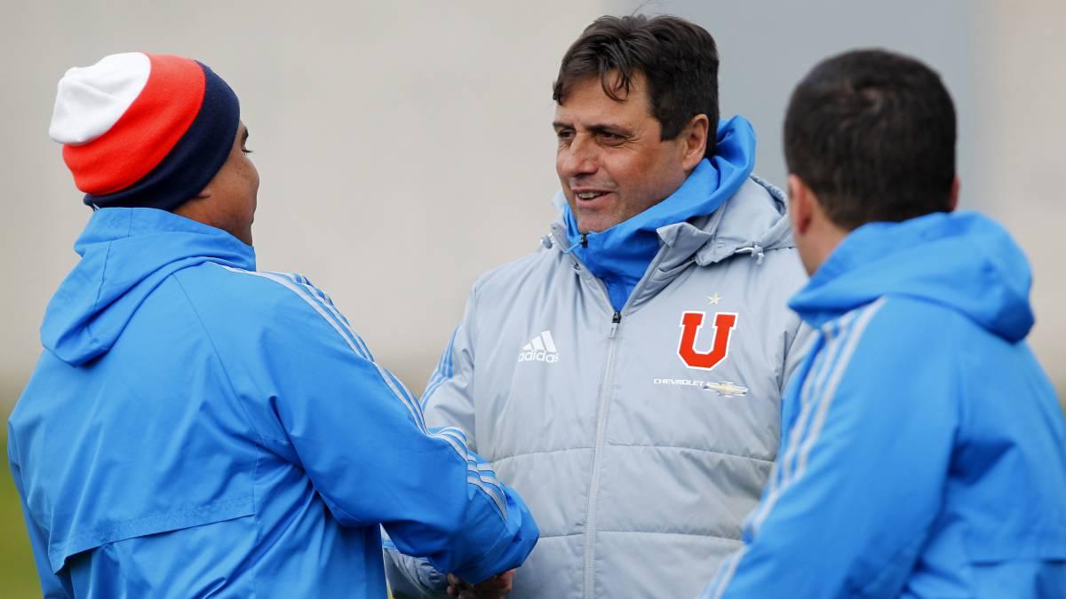 Hoyos extendió su vínculo con Universidad de Chile