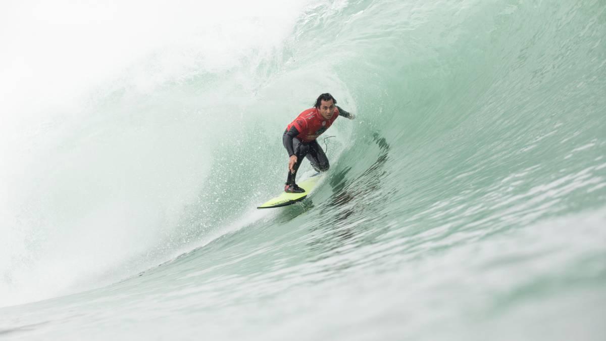 Circuito Mundial De Surf : Chileno fue figura en inicio del circuito mundial de surf 2017 as