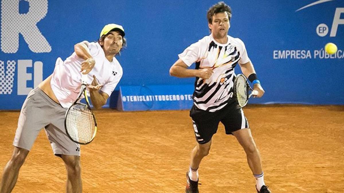 Julio Peralta avanza a semifinales de dobles en Hamburgo