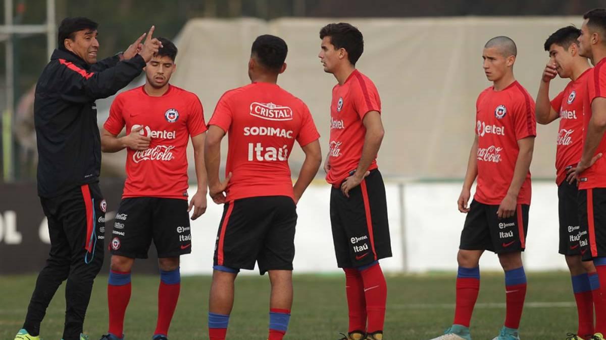 Especialidad de la casa: Chile S20 venció por penales a R. Checa