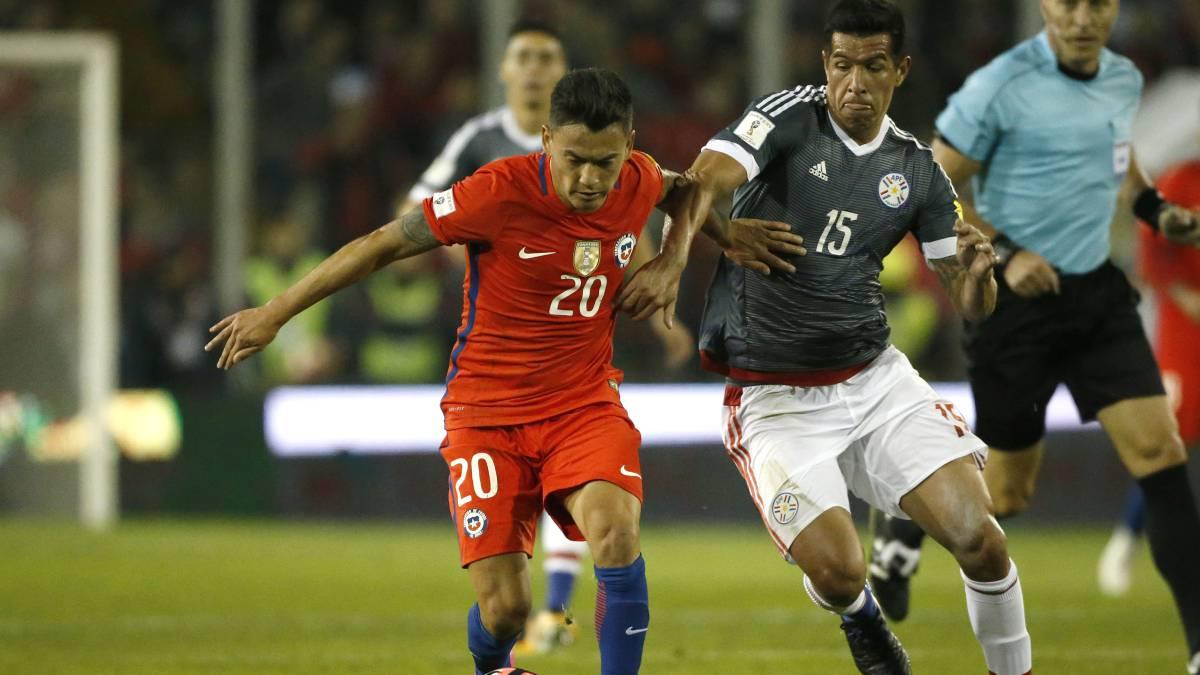 Aránguiz y Jara se perderán partido con Bolivia por acumulación de amarillas
