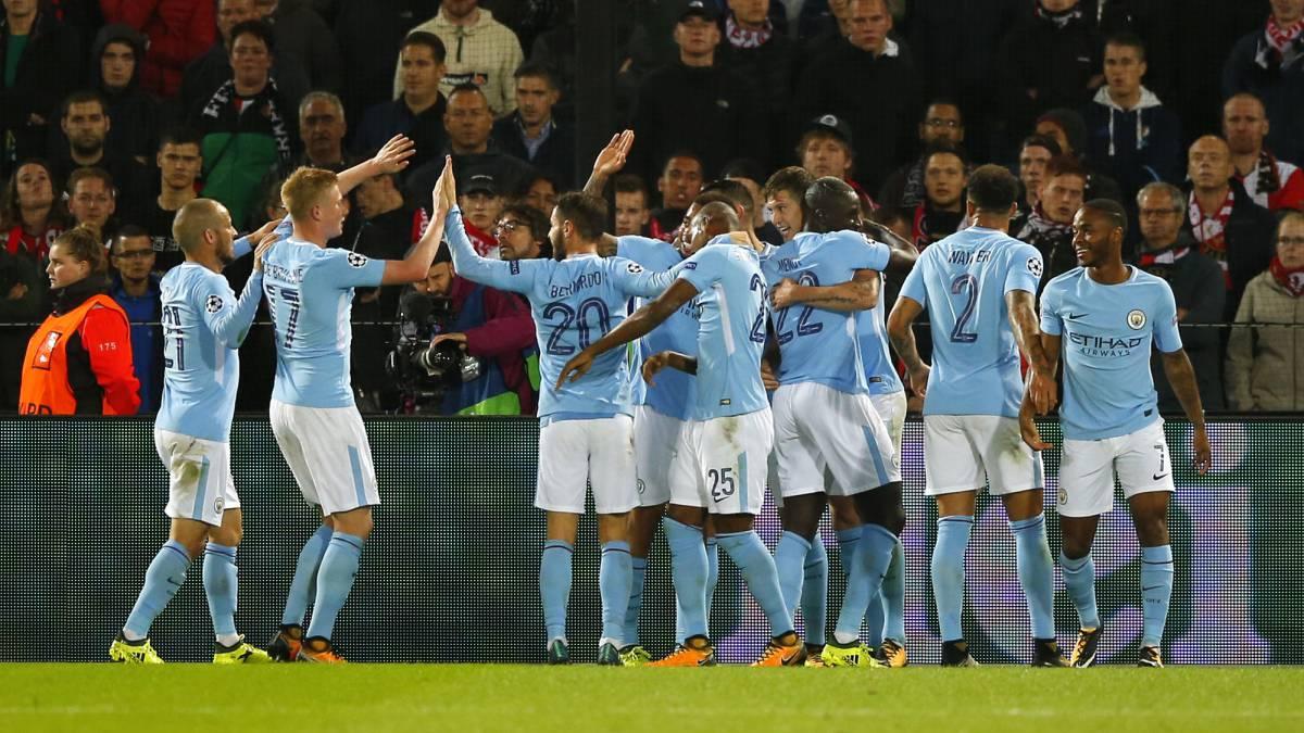 Bravo vio goleada de Manchester City desde la banca — Otra vez suplente