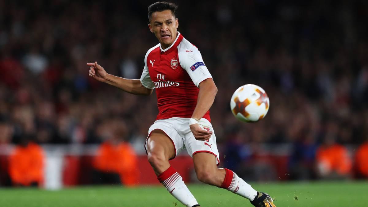Golazo de Arsenal: precisión de Sánchez y oportunismo de Lacazette