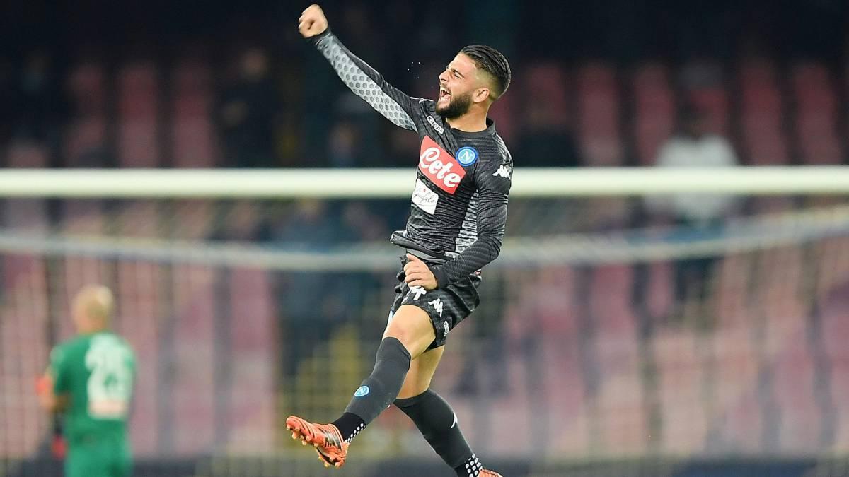 6892f3aafea69 Napoli 2-1 Milán  Insigne es figura y deja a su equipo líder - AS Chile