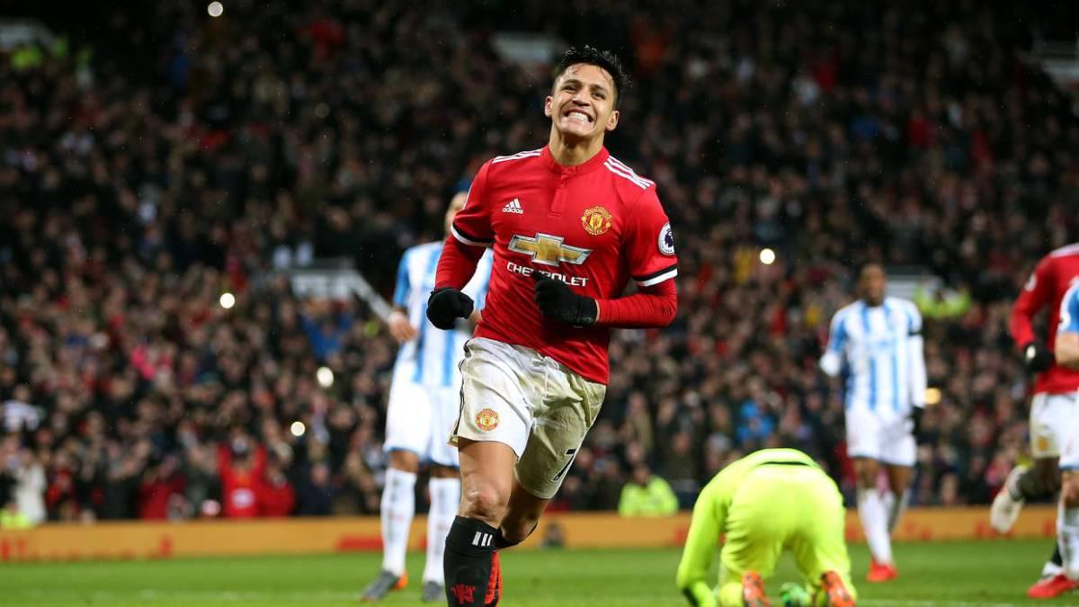 Manchester United se impuso al Swansea con un golazo de Alexis Sánchez