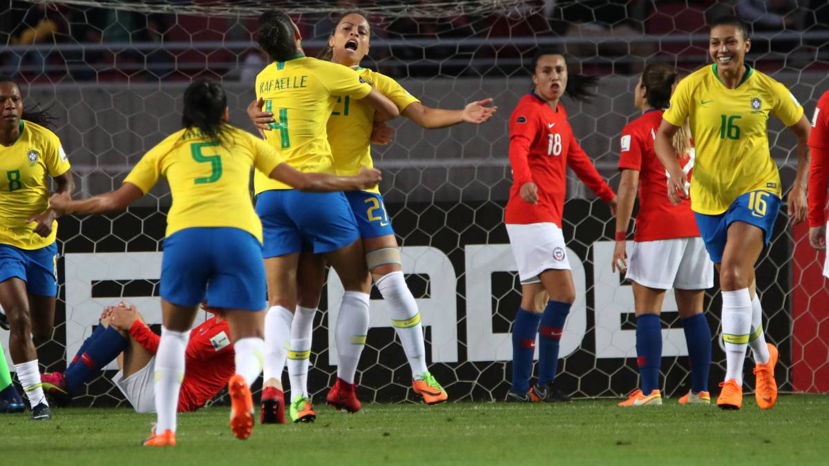 Chile acompañará al campeón Brasil a Francia 2019
