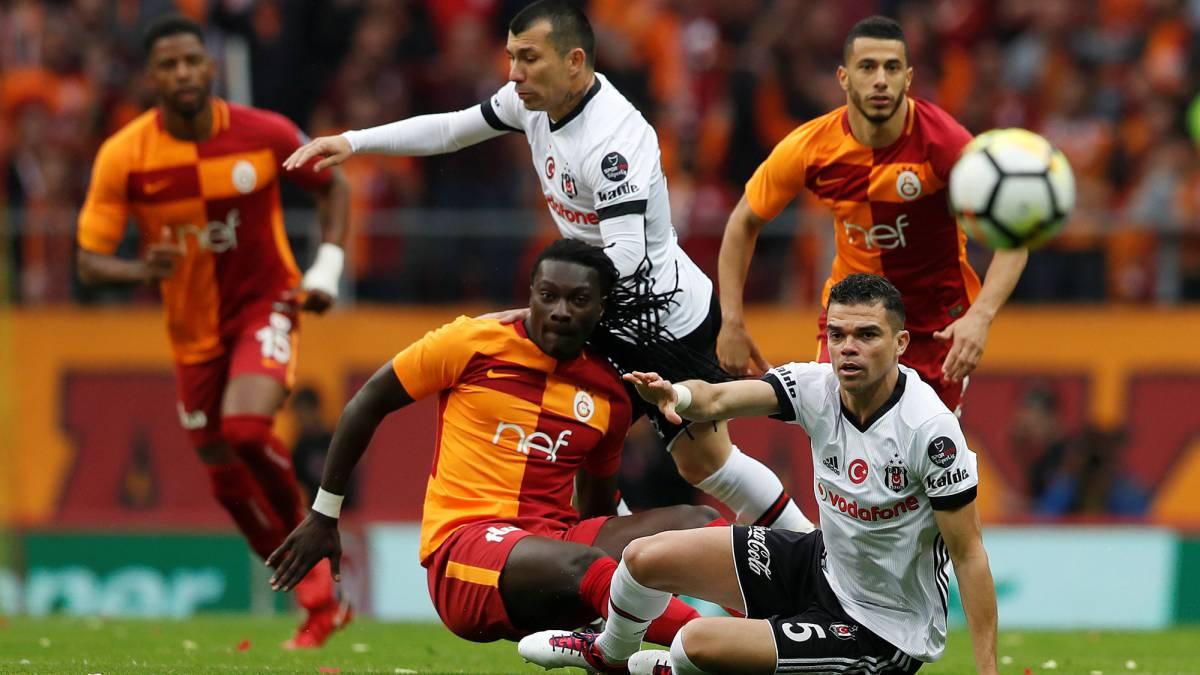 Medel y Besiktas caen en duelo clave para el título de Turquía