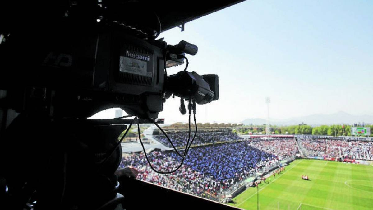 Aprueban proyecto para transmitir el fútbol chileno en TV abierta — Buenas noticias