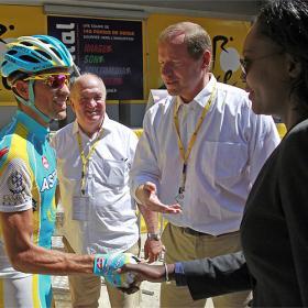 Contador pide perdón a Schleck