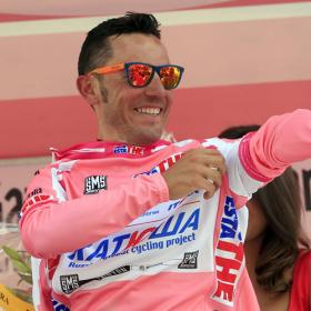 Purito recupera la maglia rosa en Pian dei Resinelli