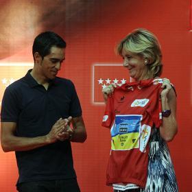 """3.000 pinteños homenajean a Contador: """"No tengo palabras"""""""