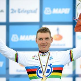 Tony Martin dobla a Contador y revalida el Mundial contrarreloj