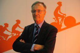 Pierre Bordry pide a Armstrong detalles sobre su dopaje