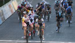 El pelotón arranca bajo el eco del caso Lance Armstrong
