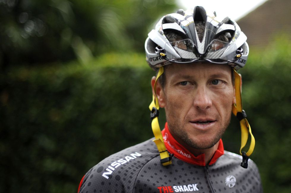 Investigan a Armstrong por intimidación a los testigos