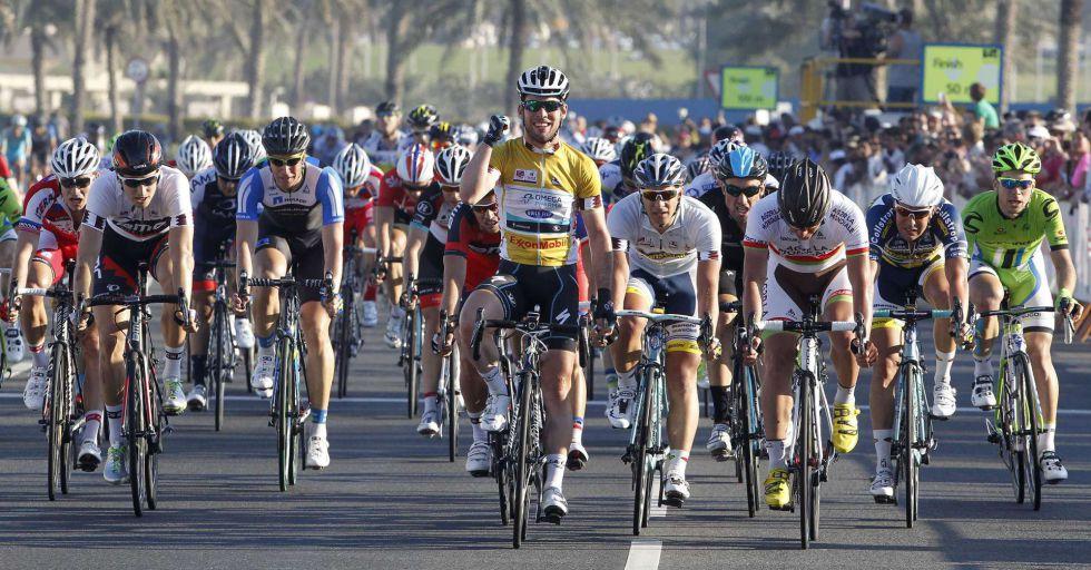 Cavendish se lleva su cuarta etapa consecutiva y la general
