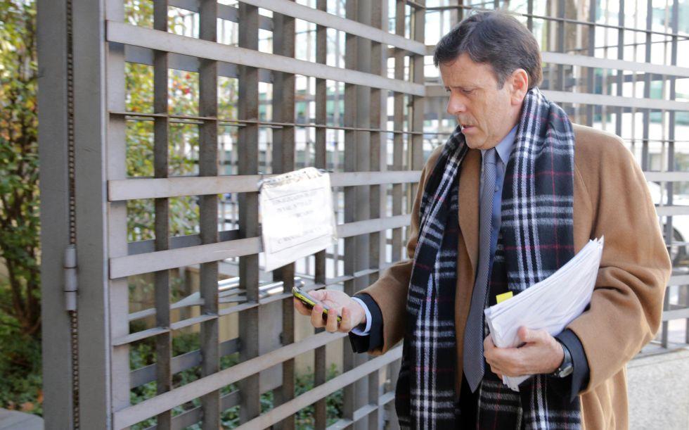 Eufemiano Fuentes cambia de abogado en mitad del juicio