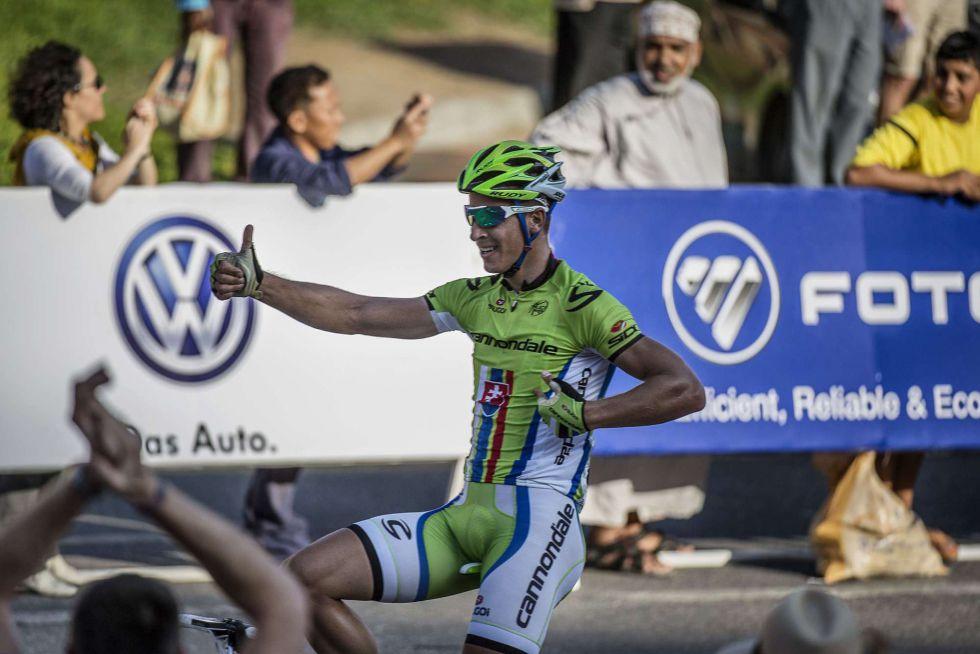 Sagan logra su primer triunfo del año y Contador lanza un aviso