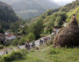 La Vuelta a España subirá los Lagos y La Farrapona en Asturias