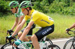 Luis León Sánchez sigue de líder en Gabón tras la quinta etapa