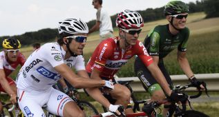 """Francia celebró """"un Tour y un domingo que fueron históricos"""""""