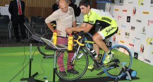 Julián Sanz busca un récord en un rodillo: seis días y 2.738 km