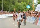 Gaviria repite triunfo y vuelve a batir a Cavendish al sprint