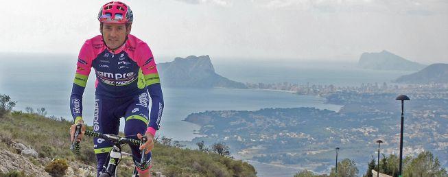 "Rafa Valls sube la Cumbre del Sol: ""Es como Peña Cabarga"""