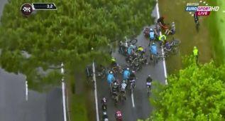 Contador necesitó la bici de Tosatto para llegar a meta