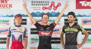Pöstlberger gana la etapa y Víctor de la Parte sigue líder