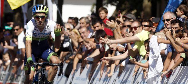 Adam Yates gana en la Clásica de San Sebastián sin enterarse