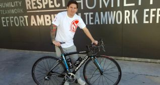 El Team Sky regala a Leo Messi la bicicleta de Chris Froome