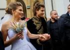 Peter Sagan viste un traje tradicional en su boda