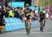 Voeckler gana la última etapa y se lleva la victoria final