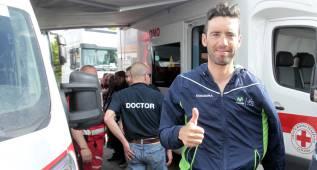 Javi Moreno es operado de su fractura de clavícula en el Giro