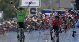 Ben King gana la etapa y es el nuevo líder en California