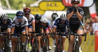 "Chloe Hosking vence en ""La Course by Le Tour de France"""