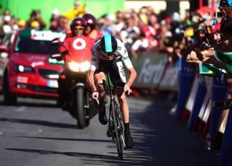 Froome vuela y recorta 2:16 a Quintana; Contador, en el podio