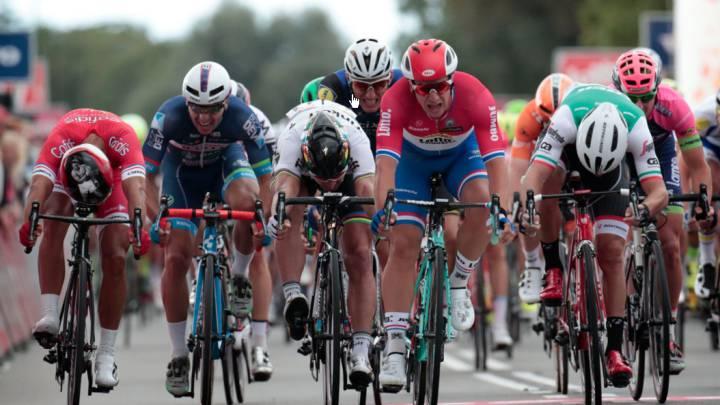 Groenewegen sorprende a Bouhanni y Sagan al sprint