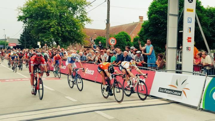 Sagan bate a Greipel en la foto finish y es nuevo líder