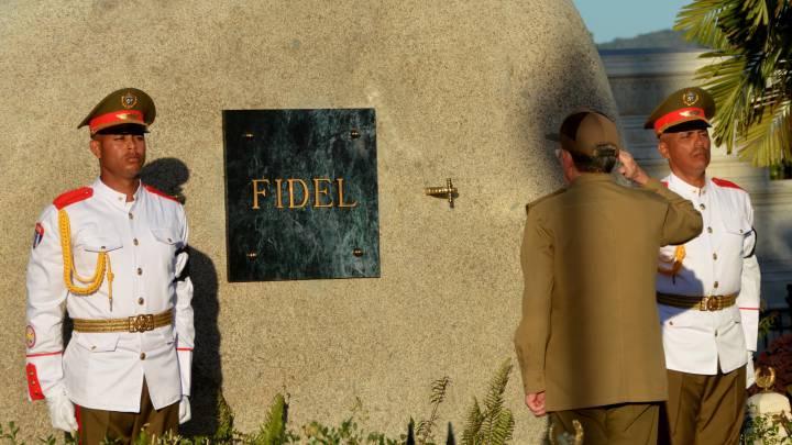 Los titanes pasearon rumbo a Soroa en el luto a Fidel Castro