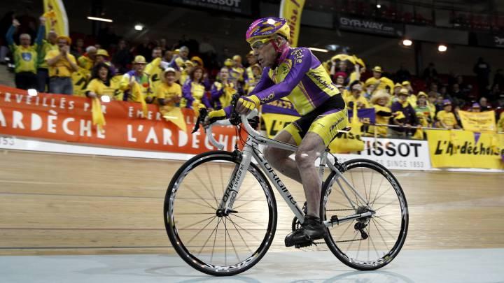 El ciclista francés de 105 años que bate el récord de la hora