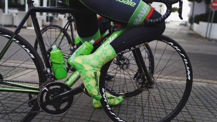 Imagen de una de las bicicletas del equipo Cannondale-Drapac con los polémicos frenos de disco.
