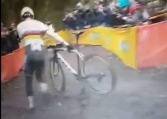 ¿Usó el campeón de ciclocross un motor en su bicicleta?