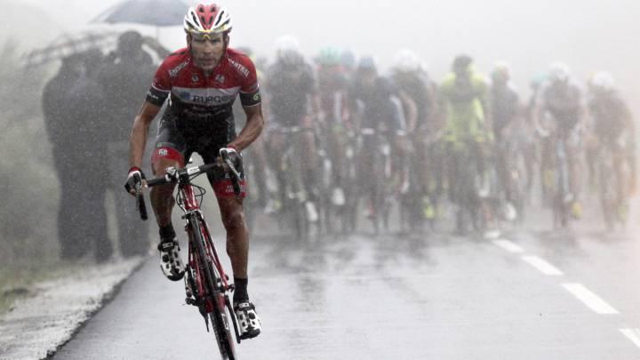 David Belda, durante una carrera con el maillot del Burgos-BH.