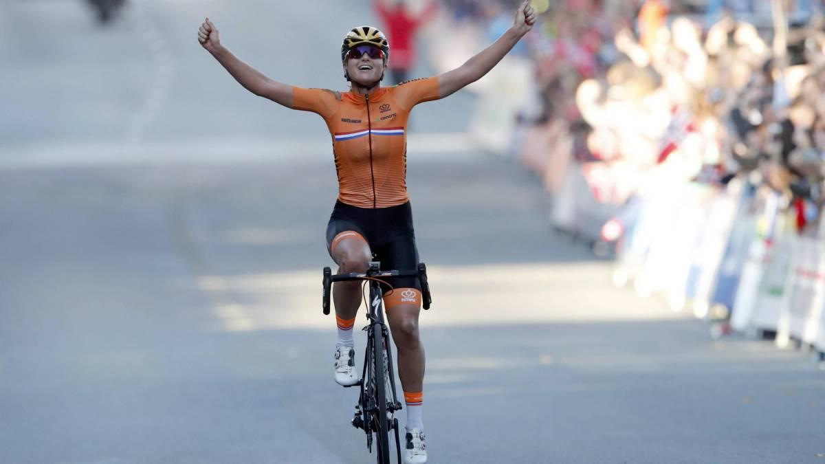 Colombiana Paula Patiño, mejor latinoamericana en la ruta del Mundial de Ciclismo