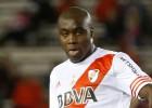 Álvarez Balanta dura 5 minutos, sale lesionado ante Quilmes